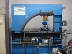 Centre for Geomechanics & Railway Engineering | Equipment 4