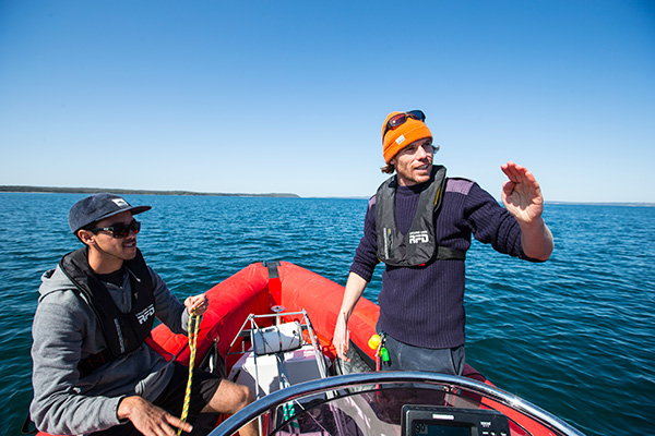 Marine science PhD students Lachlan Fetterplace and Matt Rees