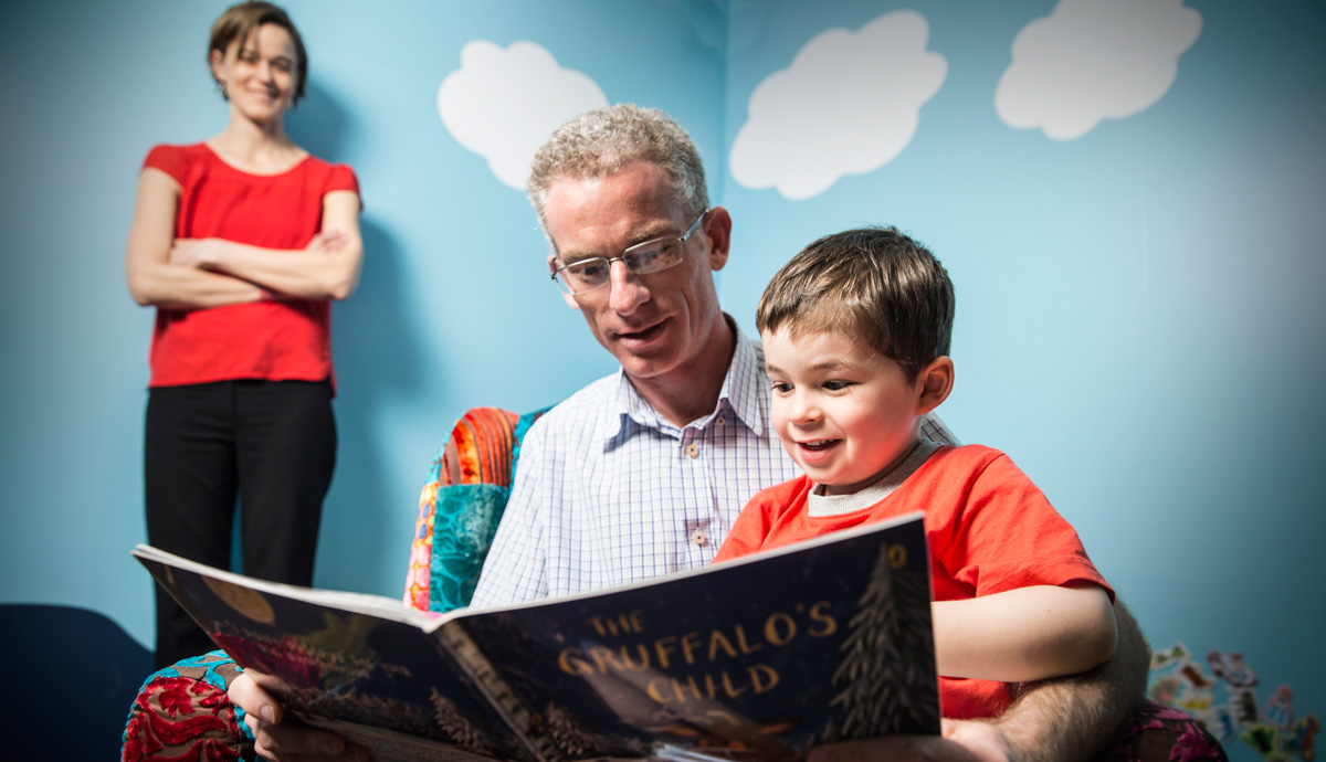 Read more about how dads who read to their children give them an early start